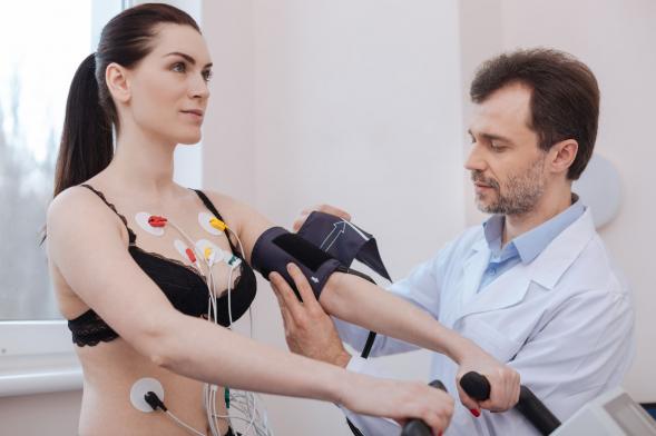 tornaterem és magas vérnyomás)