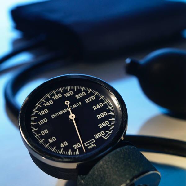 magas vérnyomás és erőgyakorlatok)