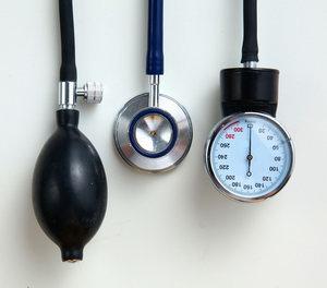 magas vérnyomásban szenvedő személynek alacsony a vérnyomása