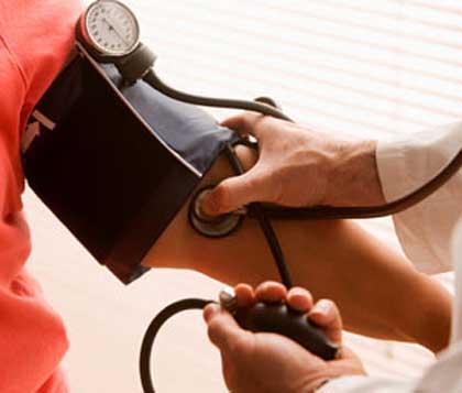 magas vérnyomás okozta vérszegénység)