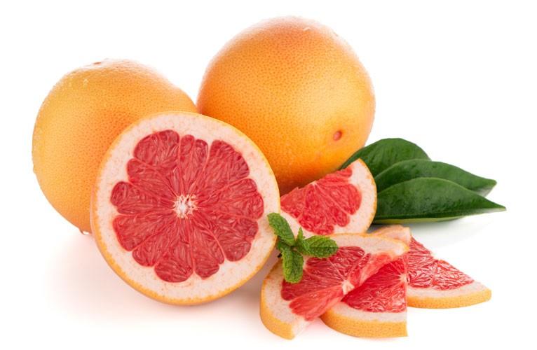 A grapefruit csodákat tesz a magas vérnyomással és túlsúllyal, de van egy VESZÉLYES titka!