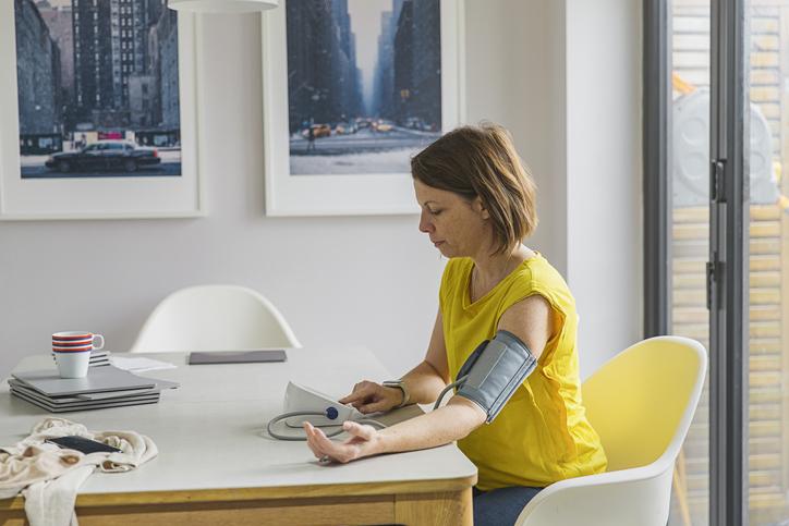 hogyan segíthet otthon a magas vérnyomásban)
