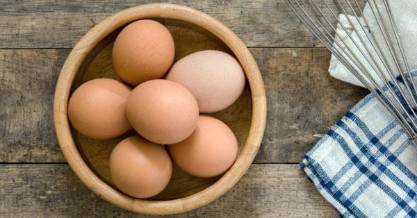 lehet-e inni egy magas vérnyomású nyers tojást