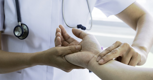 gyors pulzusú magas vérnyomás milyen okai vannak a magas vérnyomásnak vagy