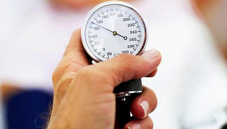 bonyolult magas vérnyomás kezelés)