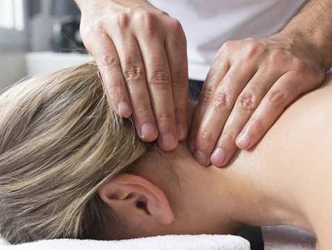 magas vérnyomás és a nyaki gerinc masszázs