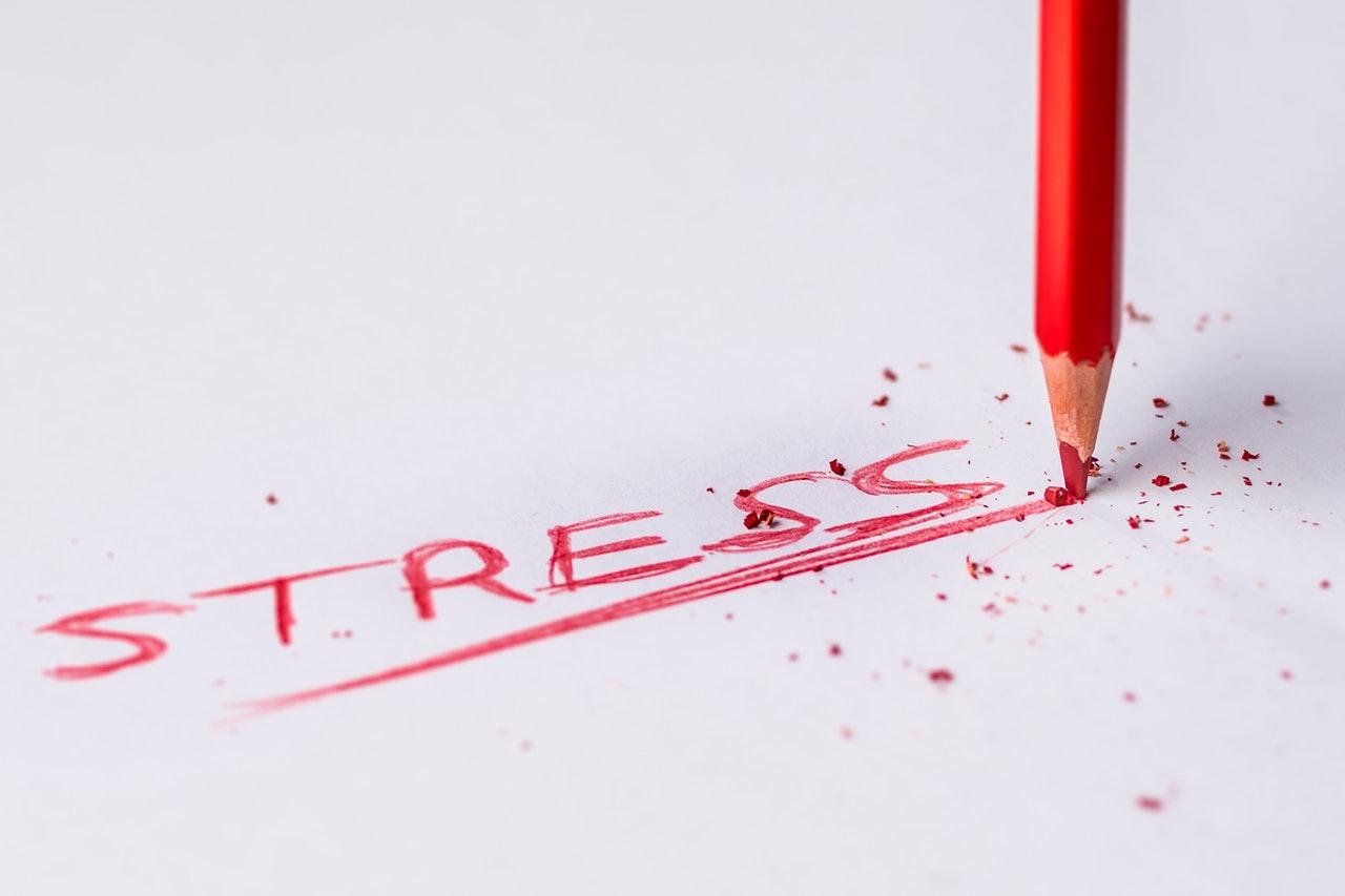 Stresszes életet él? Magasvérnyomás-betegsége lehet! - HáziPatika