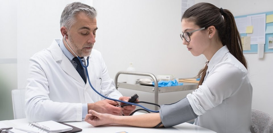milyen korban alakul ki a magas vérnyomás népi receptek az egészségre a magas vérnyomásból