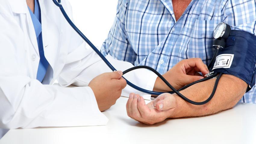 hogyan változik a nyomás a magas vérnyomás esetén