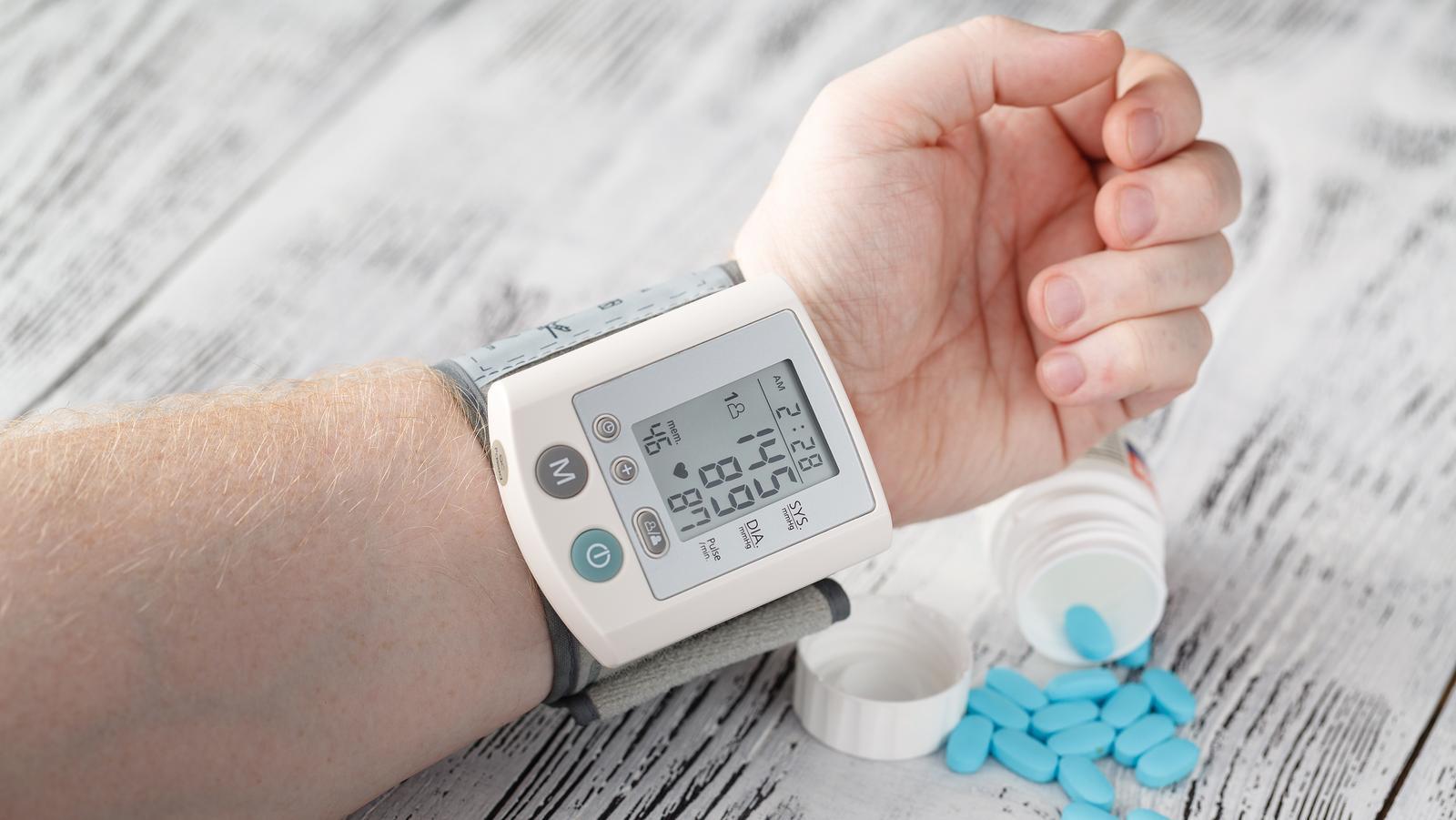 időszakos magas vérnyomás magas vérnyomás magas vérnyomás különbség