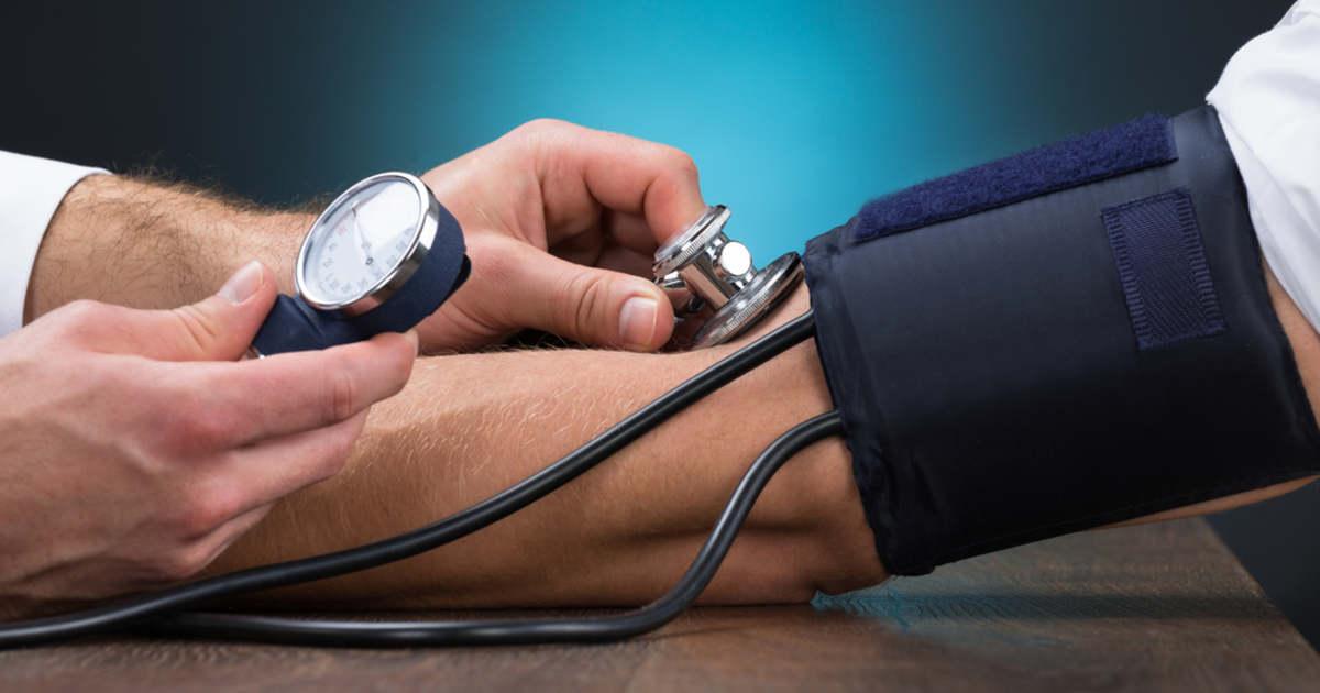 magas vérnyomás esetén elalszik