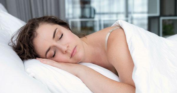 Hogyan befolyásolja az alvás a magas vérnyomást