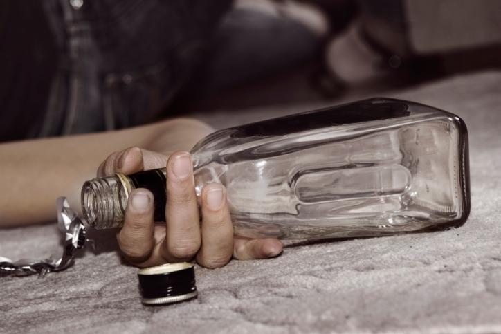 magas vérnyomás és elvonási tünetek)