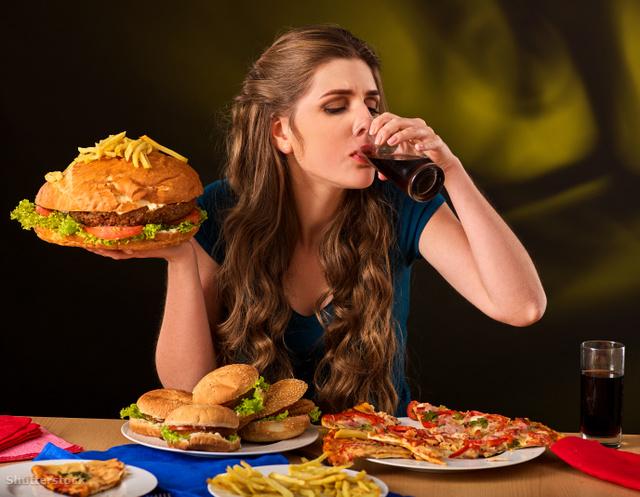 a gyorsételek fogyasztása magas vérnyomás kialakulásához vezet)
