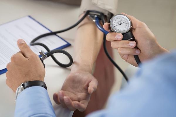 milyen egyéb betegségek lehetnek a magas vérnyomásból)