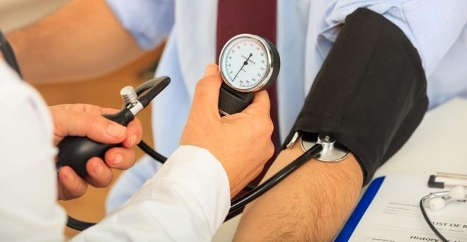 három hét alatt gyógyul meg a magas vérnyomásból