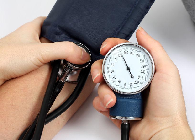 hogyan lehet regisztrálni a magas vérnyomást