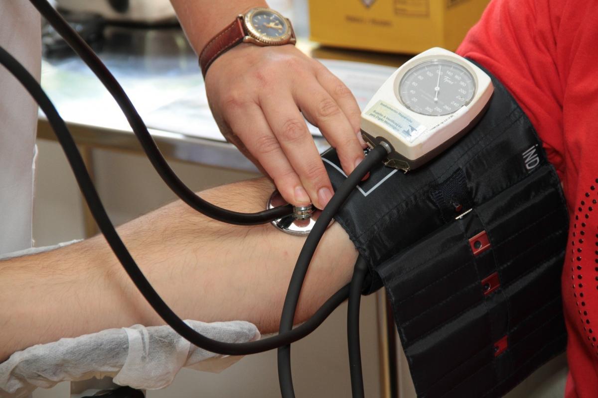 3 fokú magas vérnyomás kezelendő a magas vérnyomás tüneteinek jelei