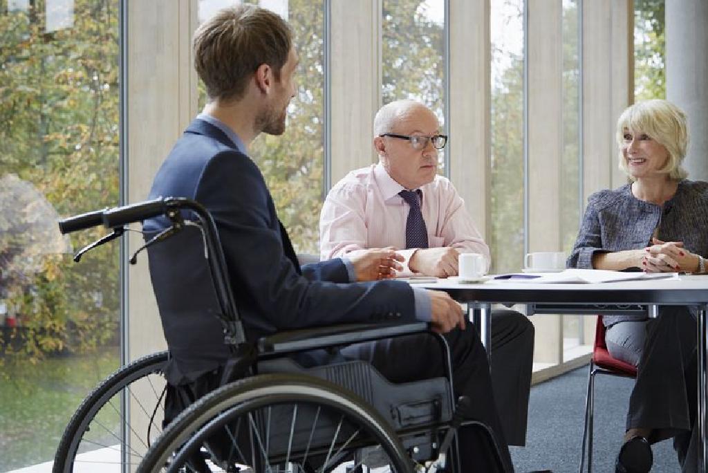 fogyatékosság a magas vérnyomásban szenvedő nyugdíjasok számára