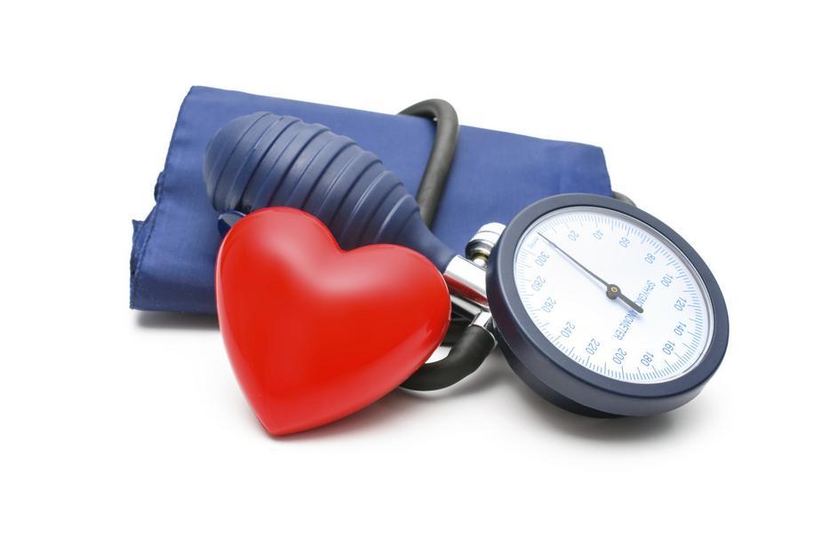 megrázza a magas vérnyomás)