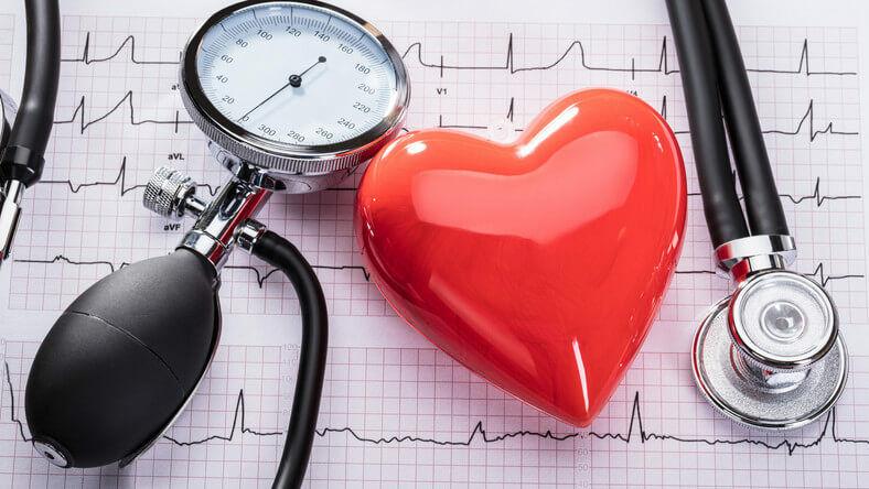 hogyan kell kezelni a magas vérnyomást felnőtteknél magas vérnyomás kezelés panzió